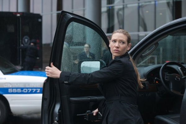 Fringe Forced Perspective Olivia Dunham played by Anna Torv