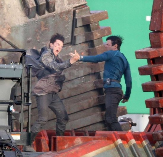 Star Trek 2 - Benedict Cumberbatch and Zachary Quinto (Spock) fight.
