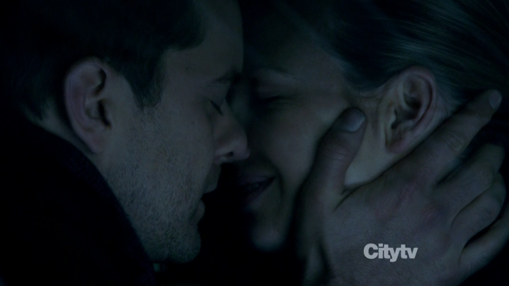 Fringe - Peter and Olivia Kissing
