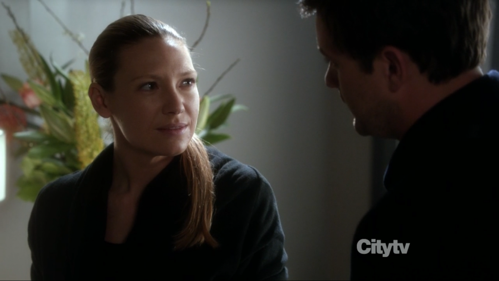 Fringe - Olivia (Anna Torv) says she is pregnant