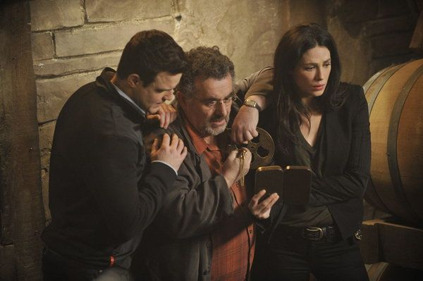 Warehouse 13 - Eddie McClintock as Pete Lattimer, Saul Rubinek as Artie Nielsen, Joanne Kelly as Myka Bering