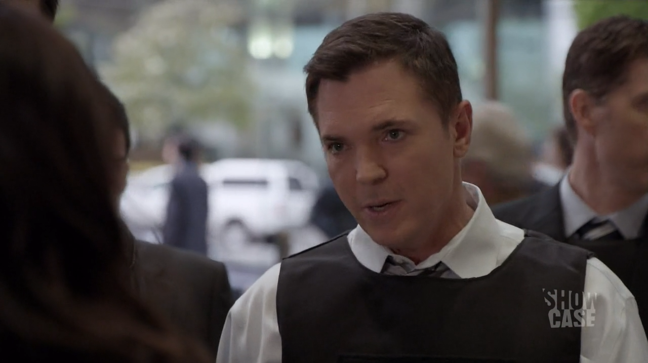 Agent Gardiner (Nicholas Lea)