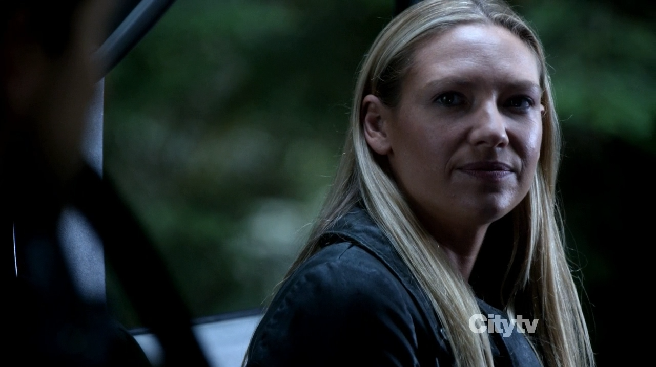 Anna Torv - Fringe The Recordist review
