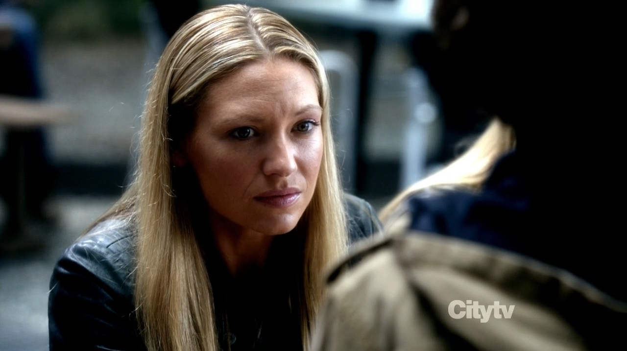 Anna Torv as Olivia Dunham - Fringe - The Recordist