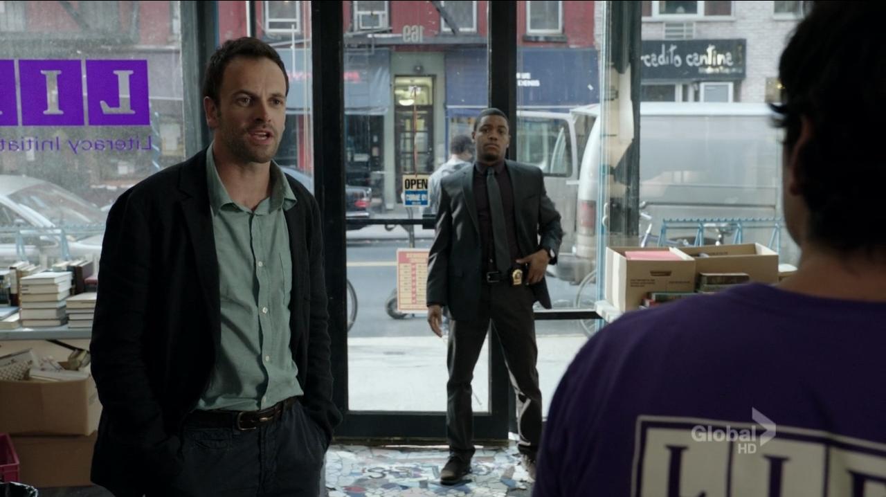 Sherlock (Jonny Lee Miller) and Bell confront murderer - Elementary