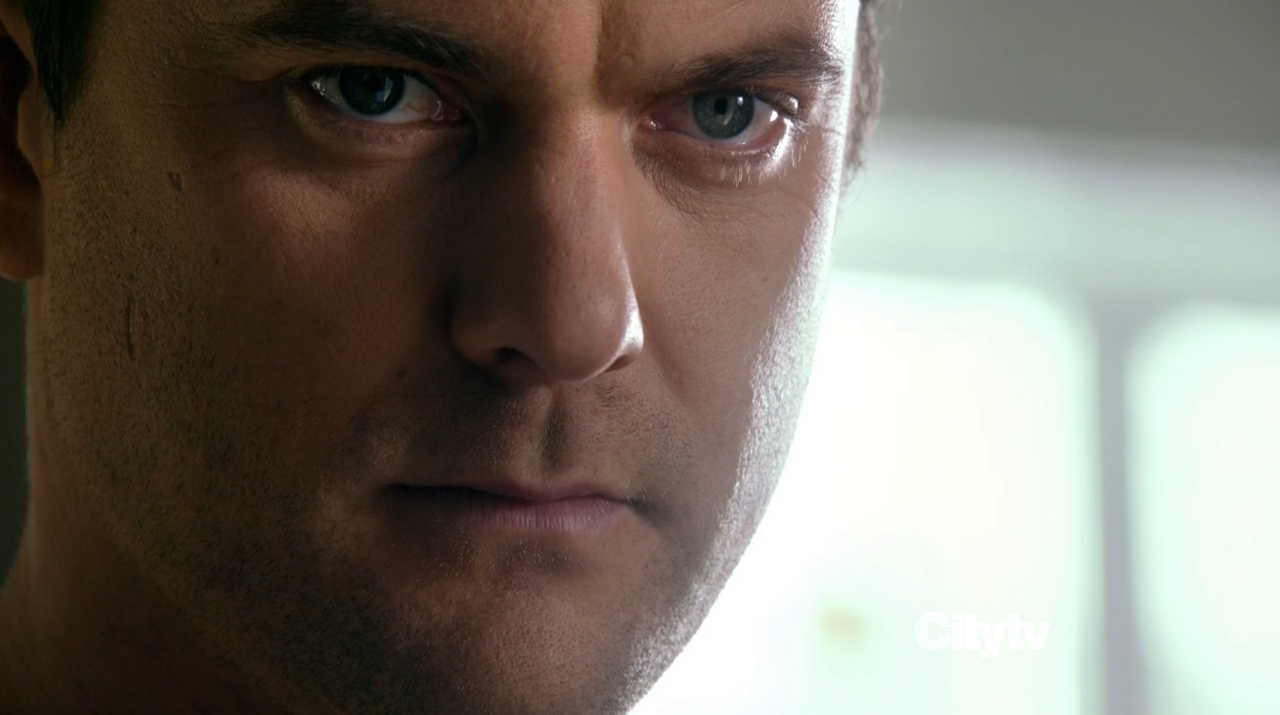 Joshua Jackson as Peter Bishop - Fringe finale