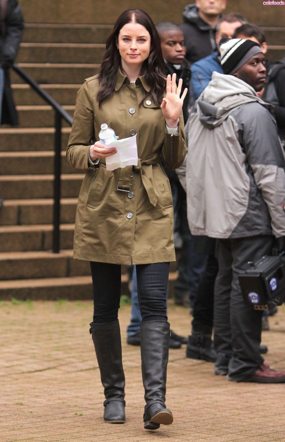 Rachel Nichols filming Continuum Season 2 in Vancouver