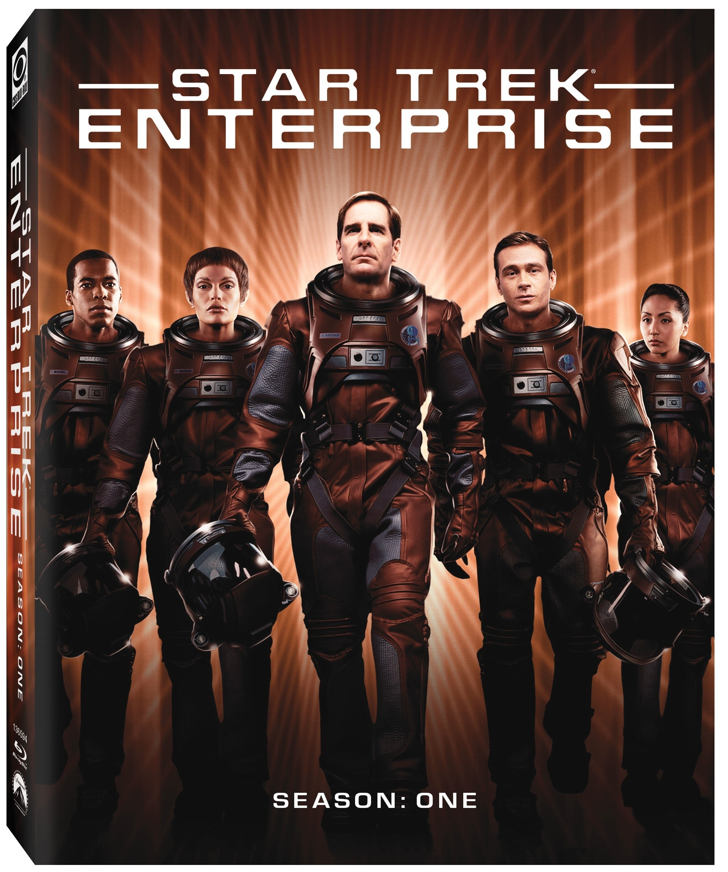 Star Trek Enterprise season 1 Blu-ray cover - Jolene Blalock as T'pol - Scott Bakula as Jonathan Archer