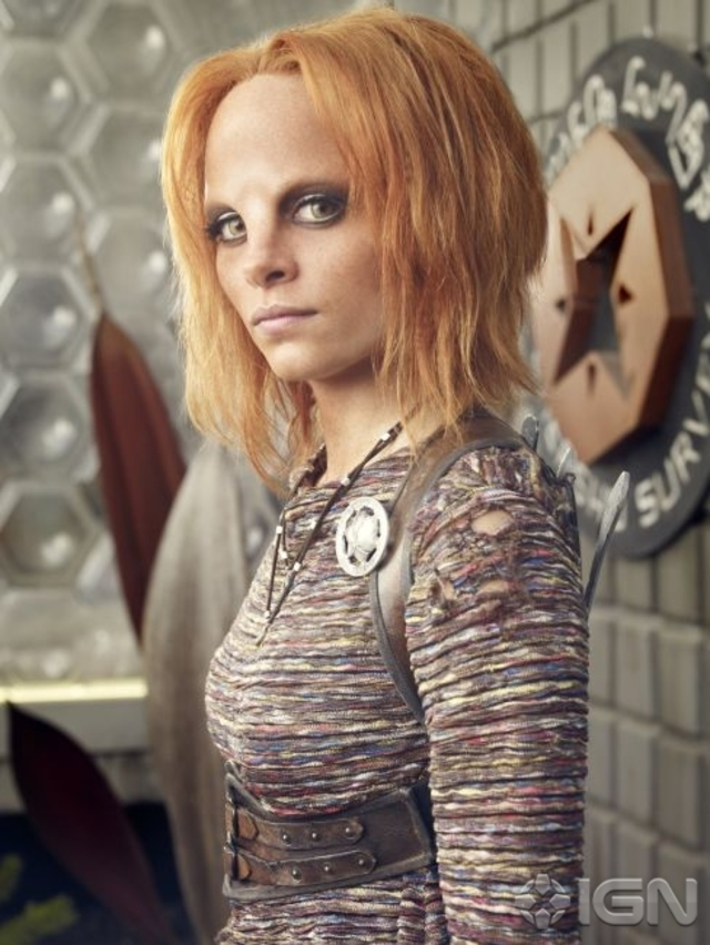 Stephanie Leonidas as Irisa - Defiance