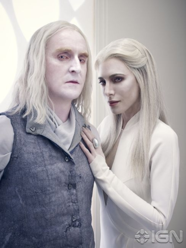 Tony Curran as Datak Tarr and Jaime Murray as Stahma Tarr - Defiance