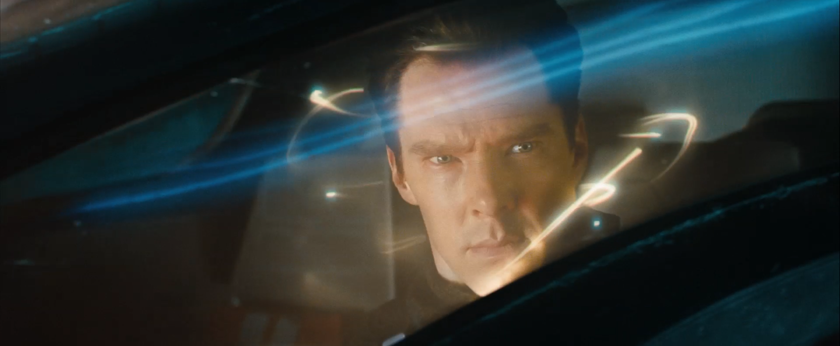 John Harrison (Benedict Cumberbatch) escaping with transporter - Star Trek Into Darkness