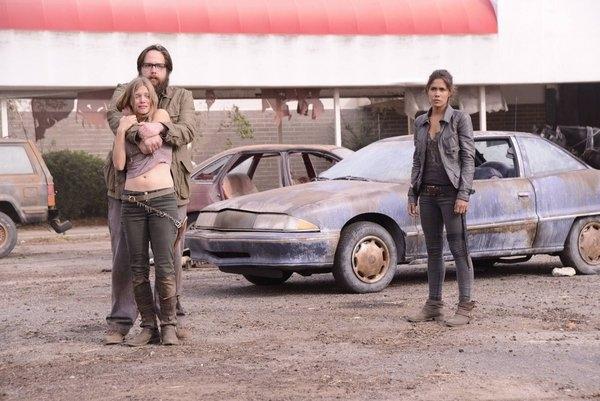 Tracy Spiridakos, Zak Orth and Danniela Alsonso - Revolution The Last Stand
