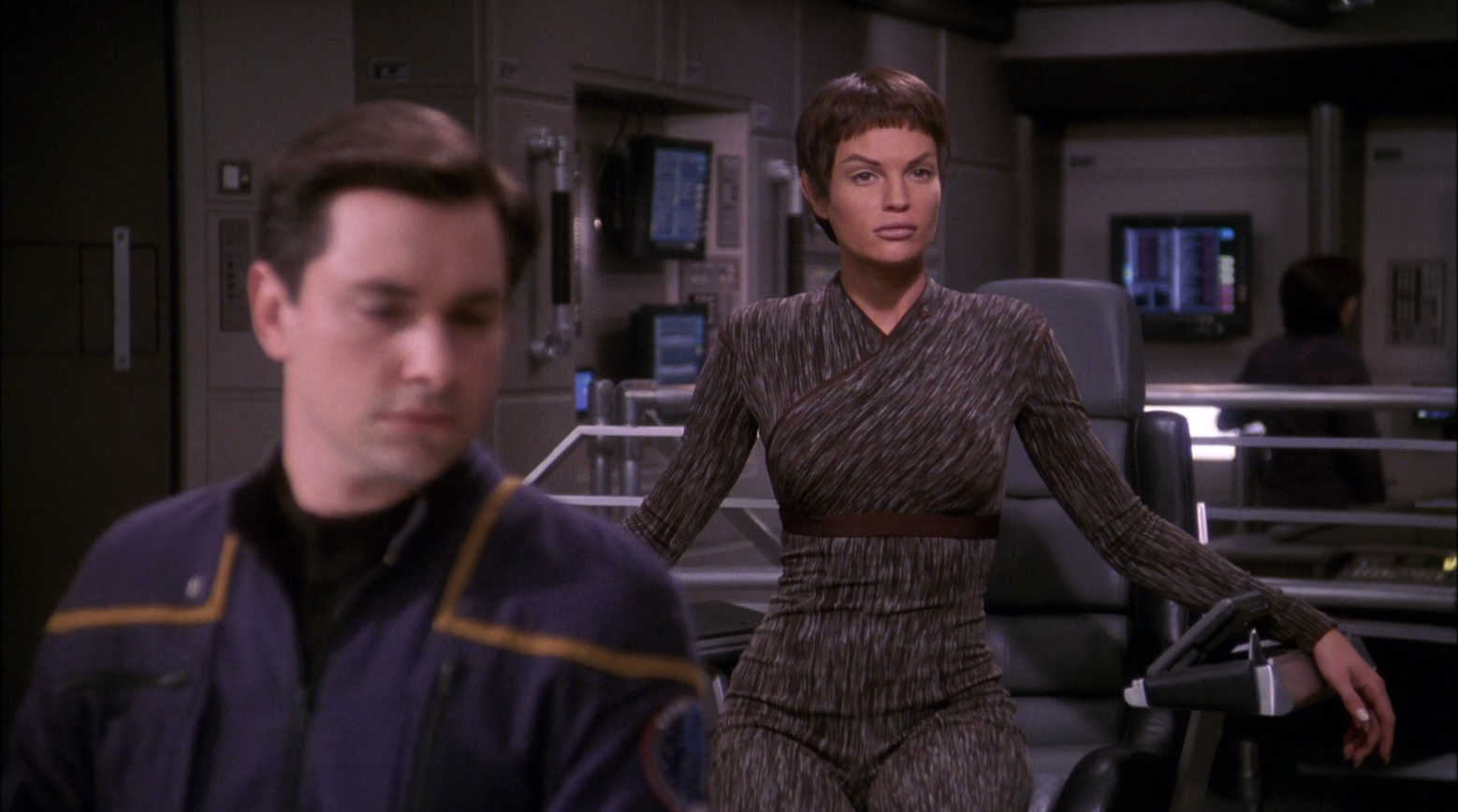 Jolene Blalock as T'Pol taking command of the Enterprise - Detention Star Trek Enterprise Season 1 Blu-ray Review