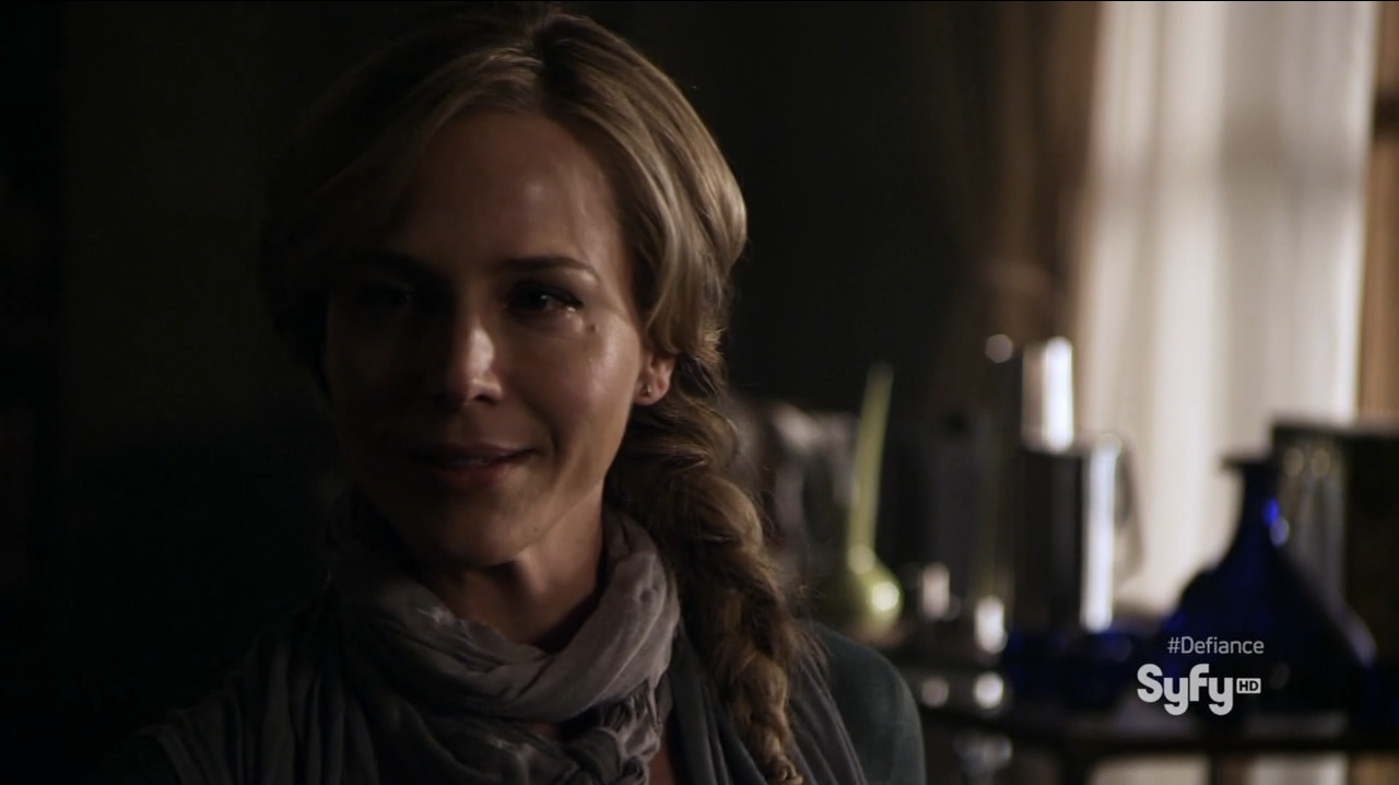 Julie Benz as the mayor of Defiance