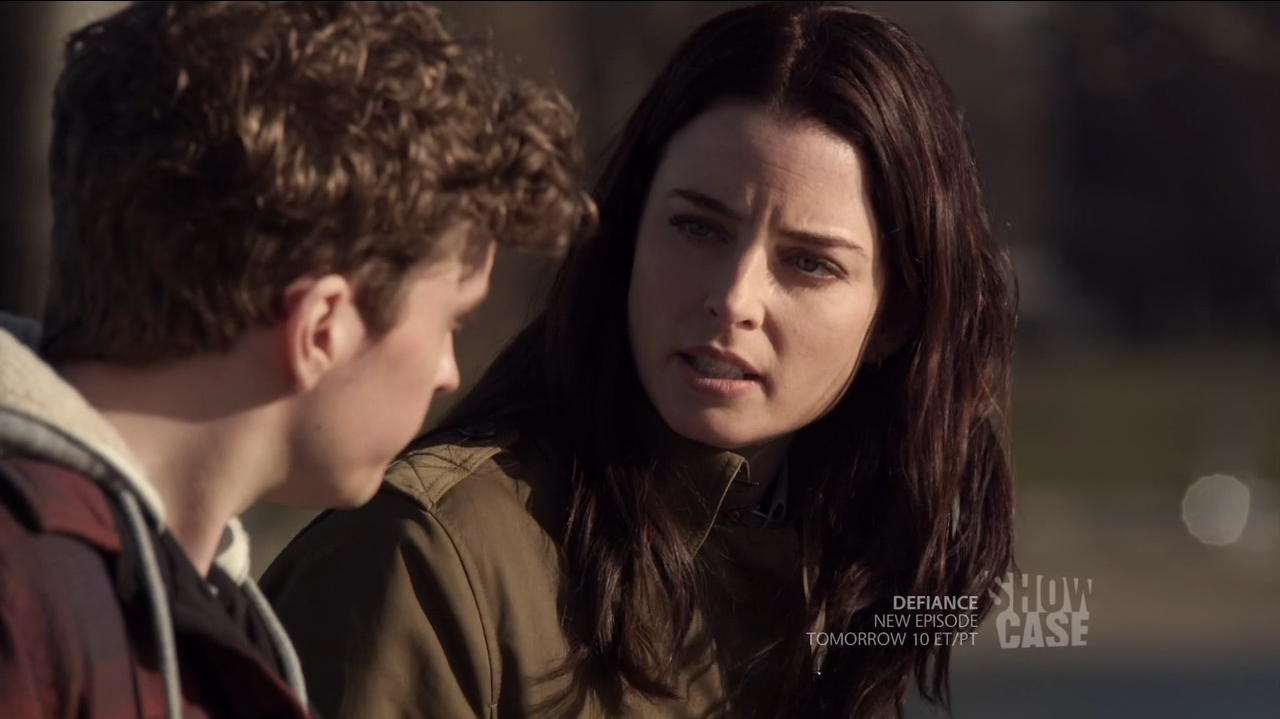 Kiera Cameron (Rachel Nichols) discussing time travel with young Alec Sadler - Continuum Second Chances