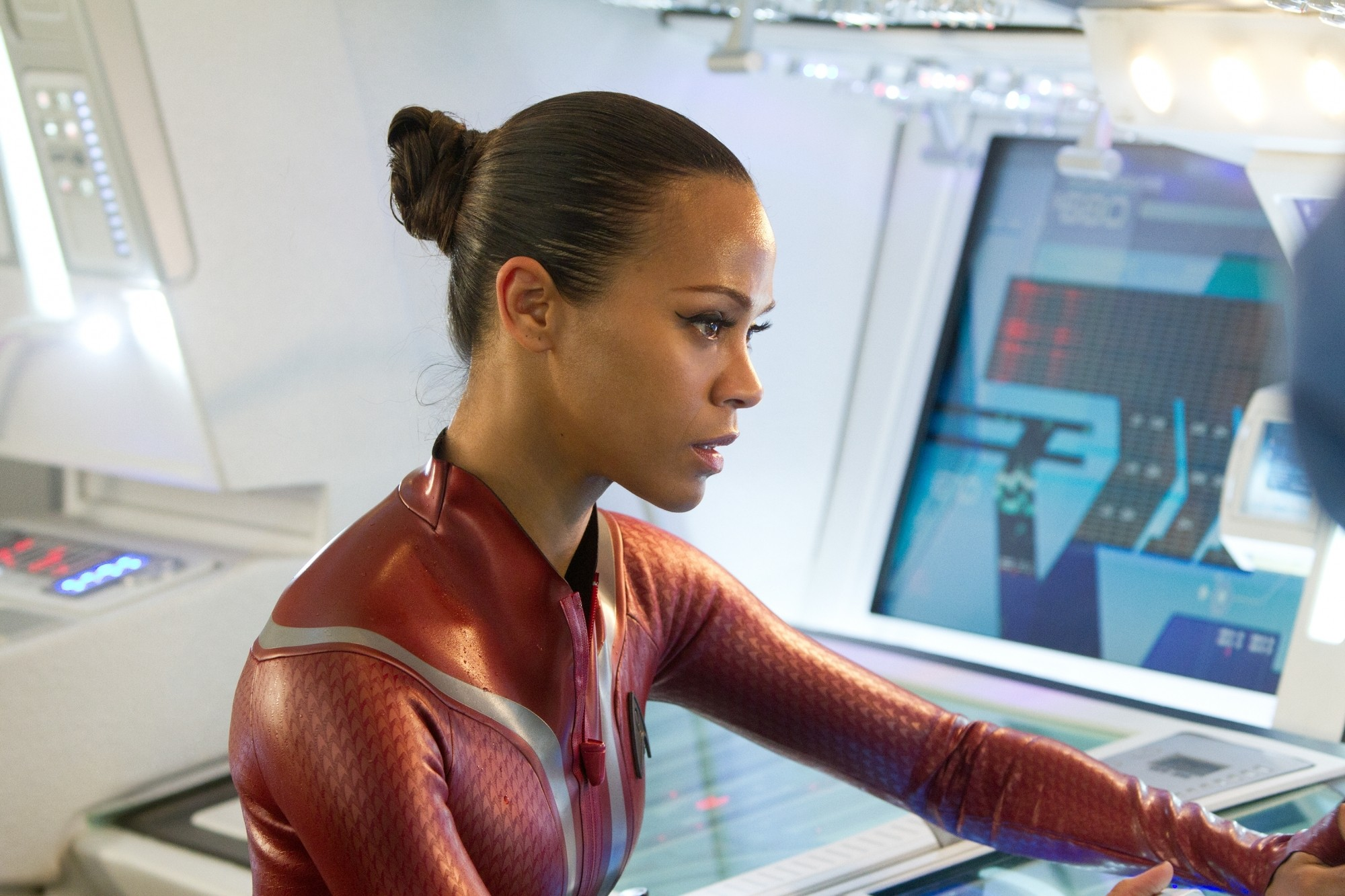 Zoe Saldana in wetsuit as Uhura Star Trek Into Darkness