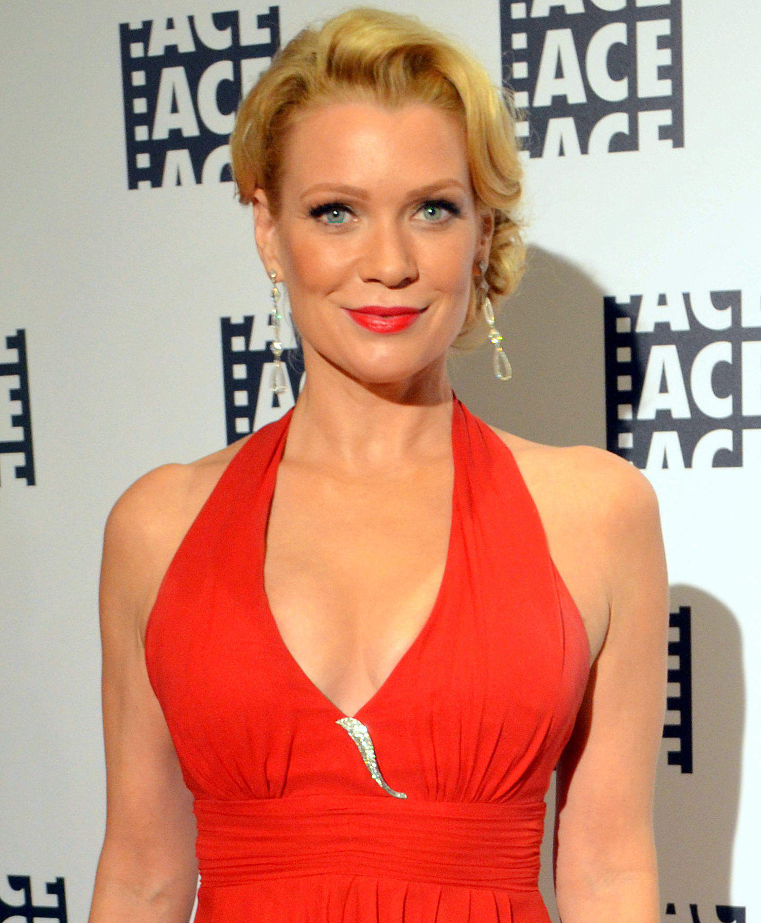 Laurie-Holden-The-Walking-Dead