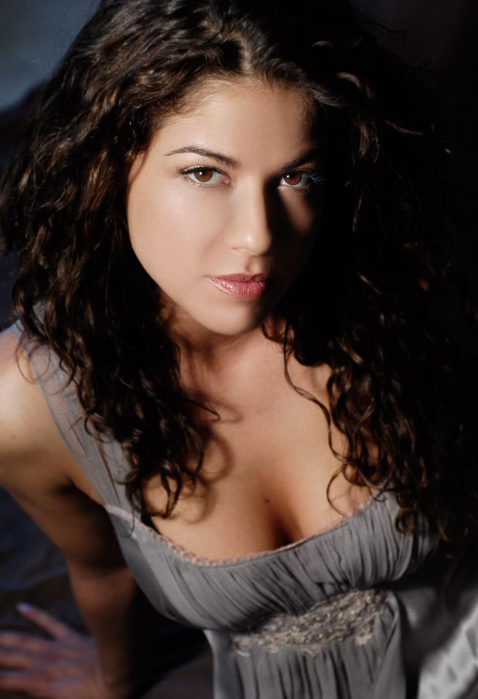 Luciana Carro naked 998