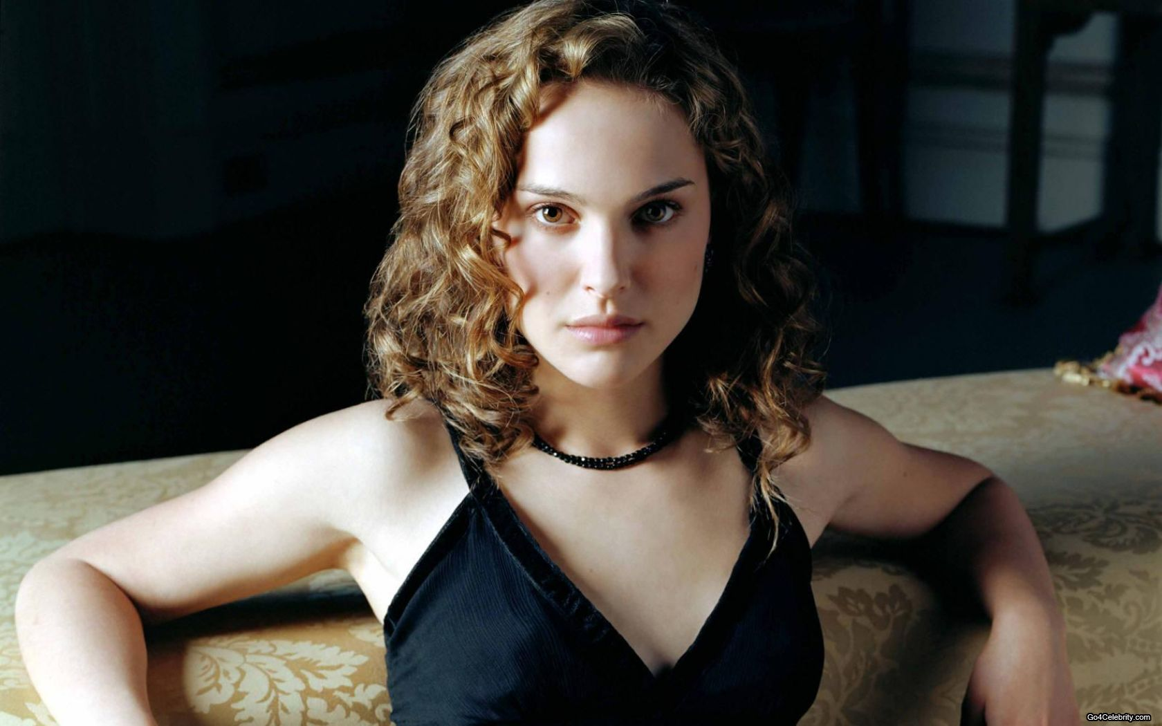 natalie-portman-star-wars-v-for-vendetta