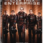 Star Trek Enterprise season 1 Blu-ray cover - Jolene Blalock as T&#039;pol - Scott Bakula as Jonathan Archer