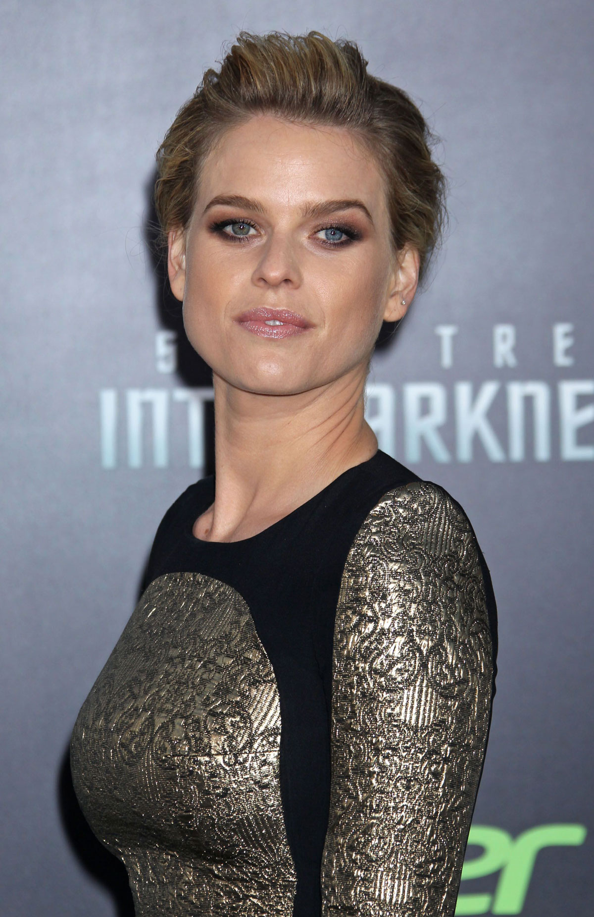 Star Trek Into Darkness Alice Eve premiere