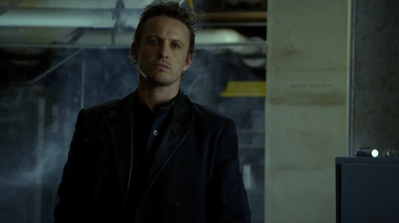 David Lyons as General Monroe saving Charlier - Revolution Children of Men