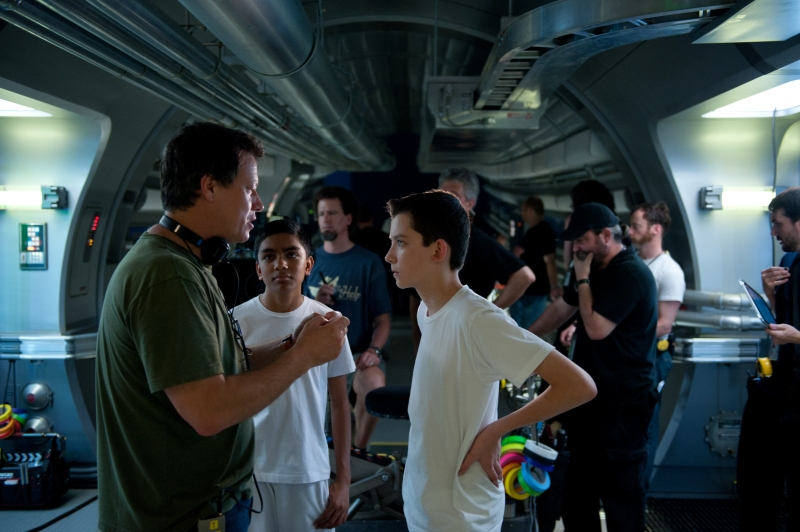 Gavin Hood o the set of Ender's Game with Asa Butterfield