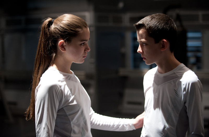 Hailee Steinfeld and Asa Butterfield