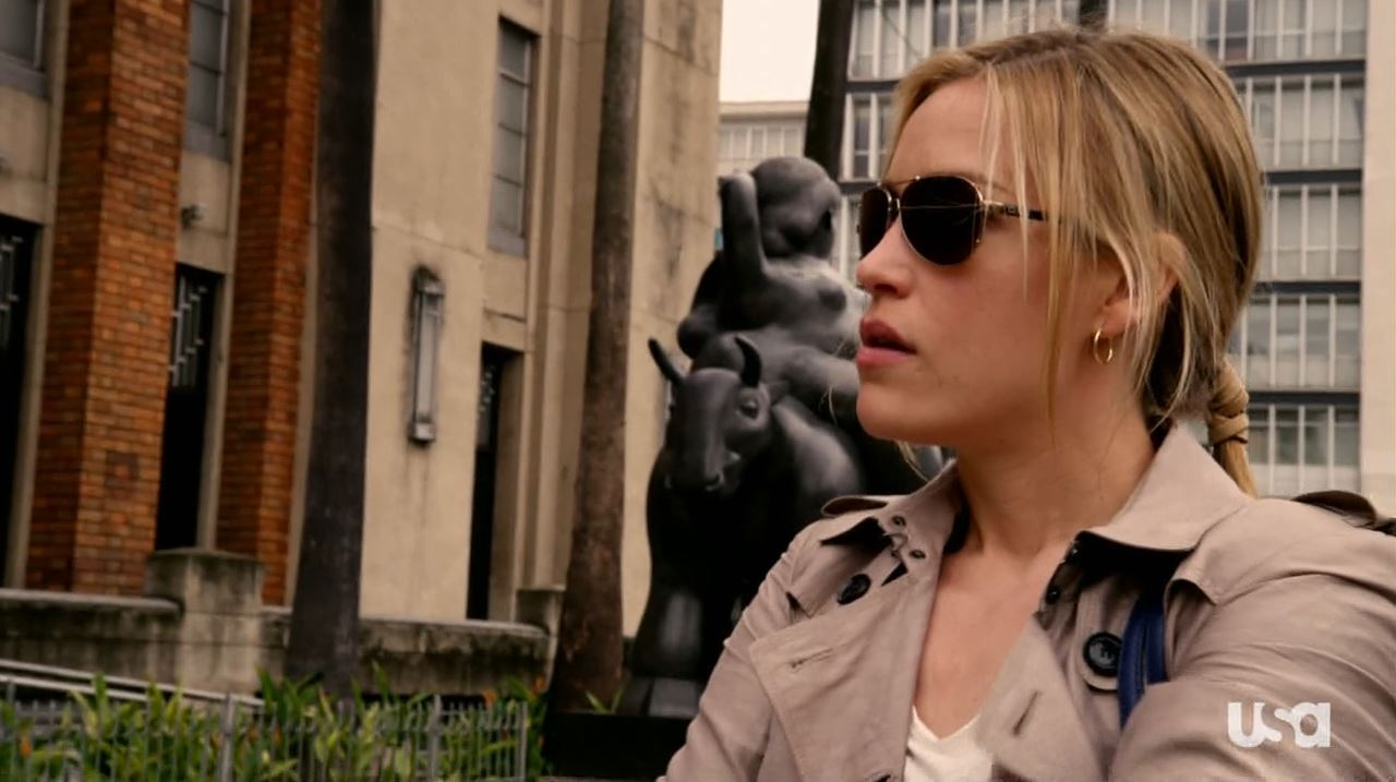 Piper Perabo as Annie Walker - Covert Affairs season 4 Vamos