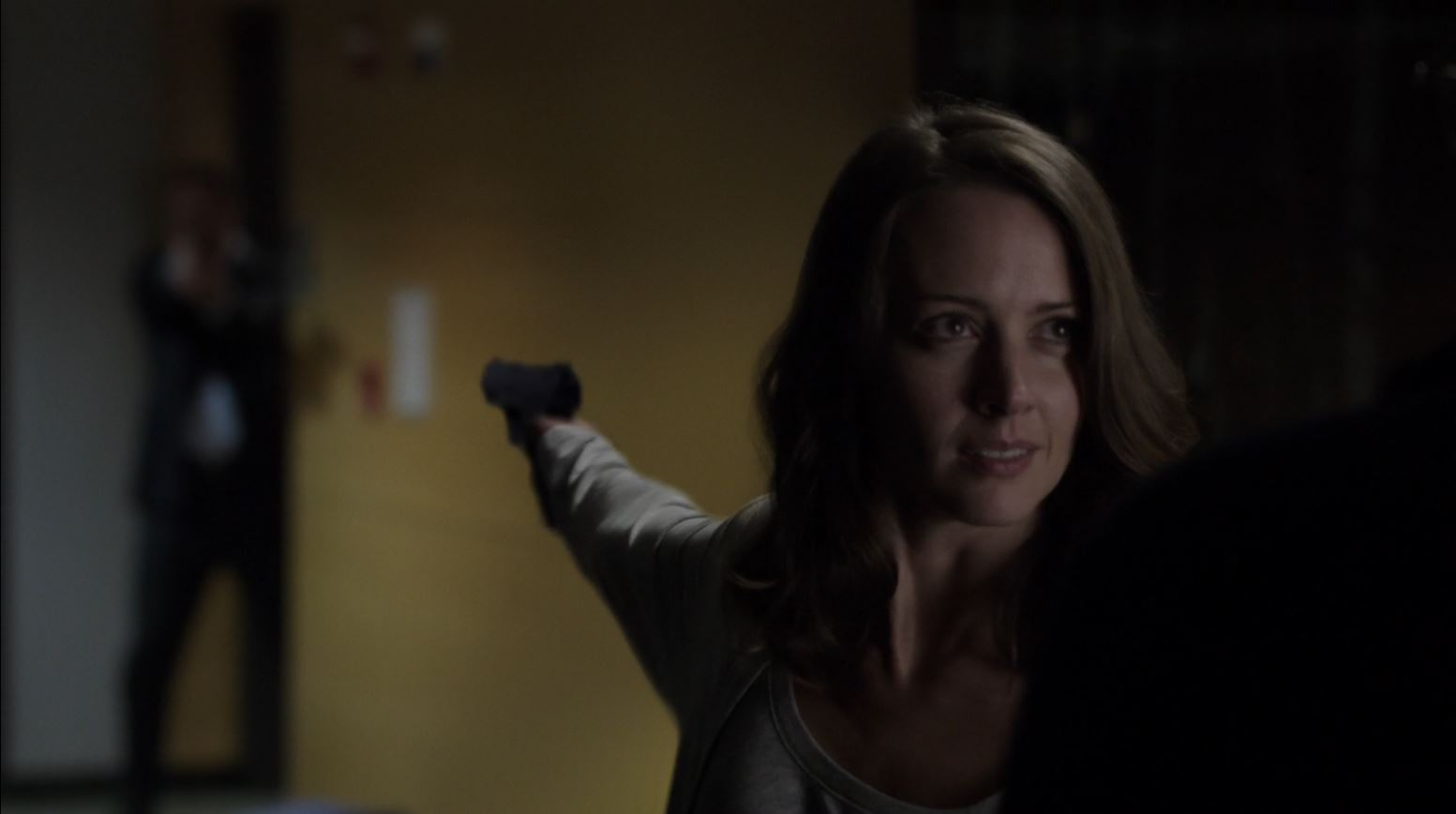 Root (Amy Acker) shooting Hersh - Person of Interest