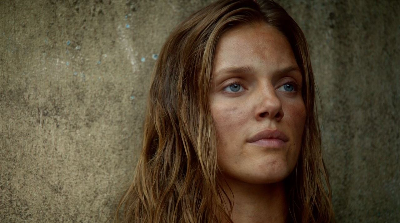 Tracy Spiridakos as Charlie Matheson in Revolution season 2