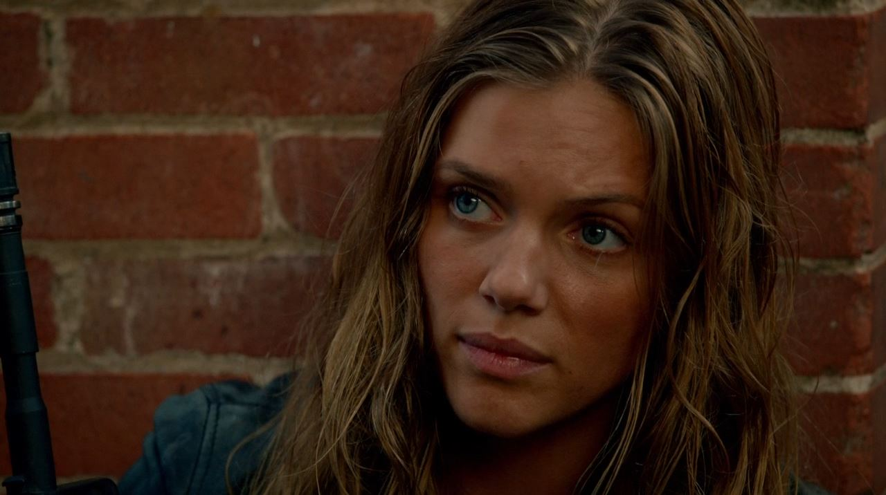 Revolution - Tracy Spiridakos as Charlie Matheson