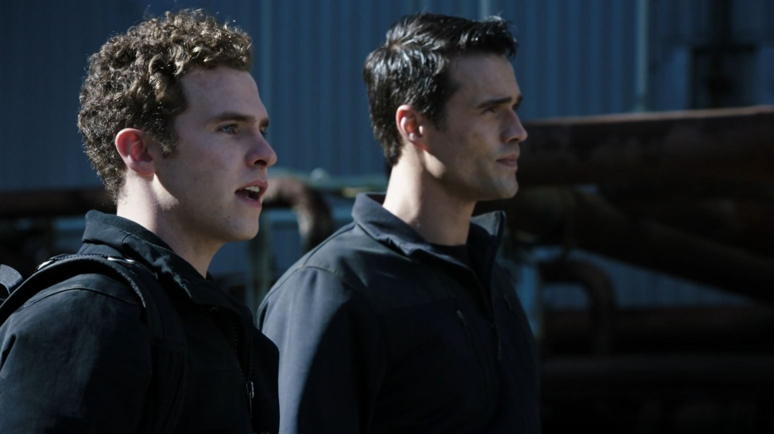 Ward and Fitz preparing to be captured - Agents of SHIELD