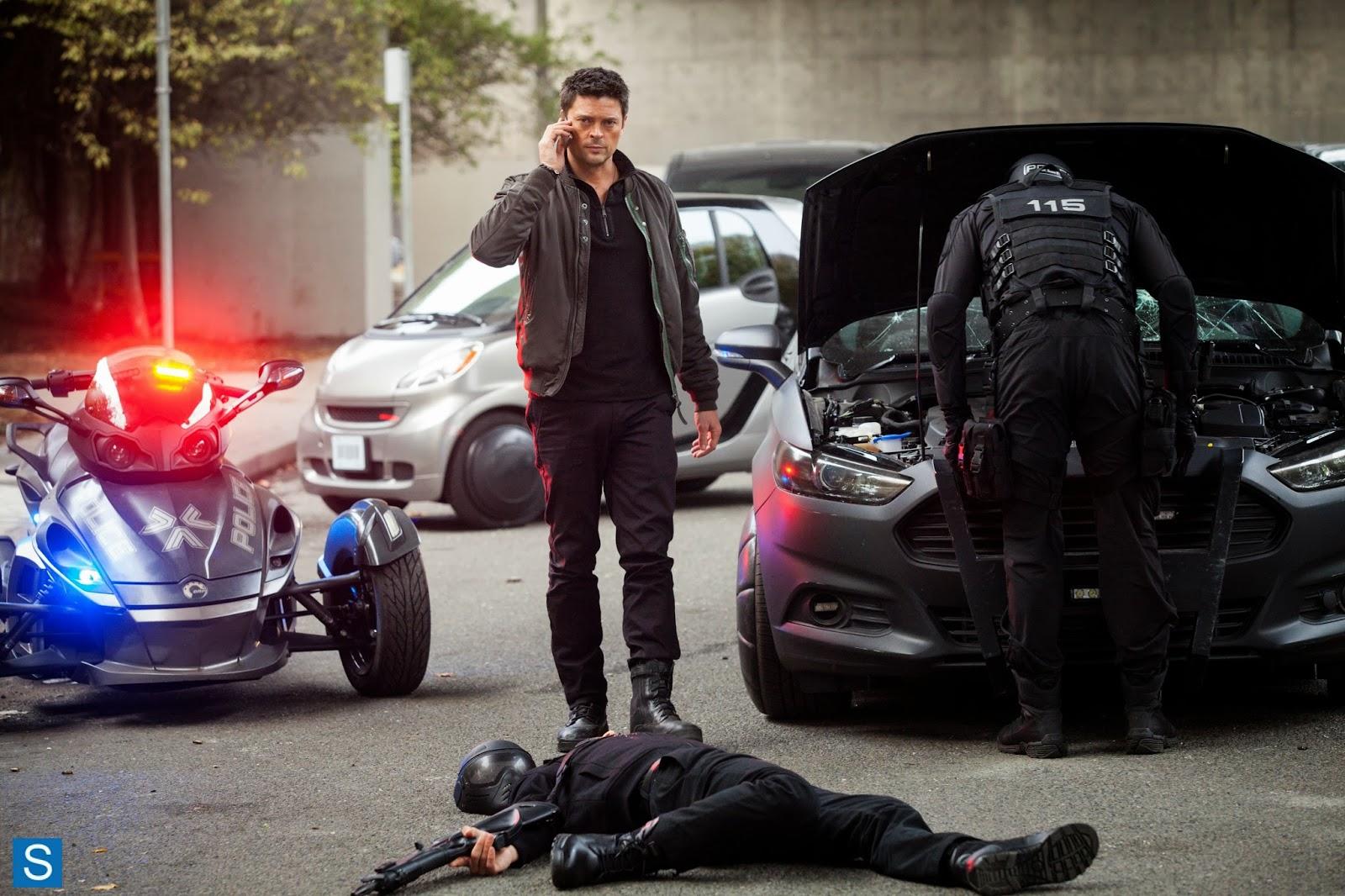 Almost Human - Blood Brothers - Karl Urban as Kennex