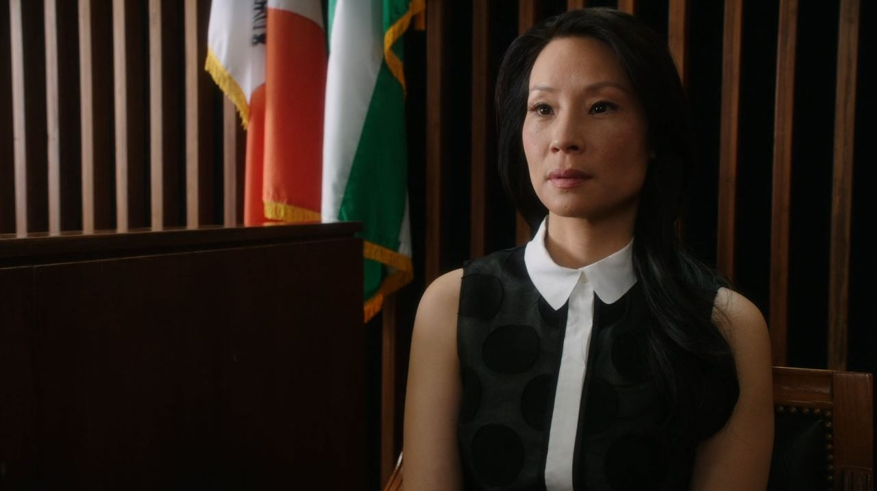Elementary - Tremors - Lucy Liu as Joan Watson in court