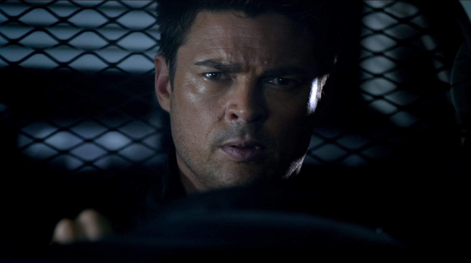 Almost Human - Perception - Karl urban as Kennex suffering from flashbacks