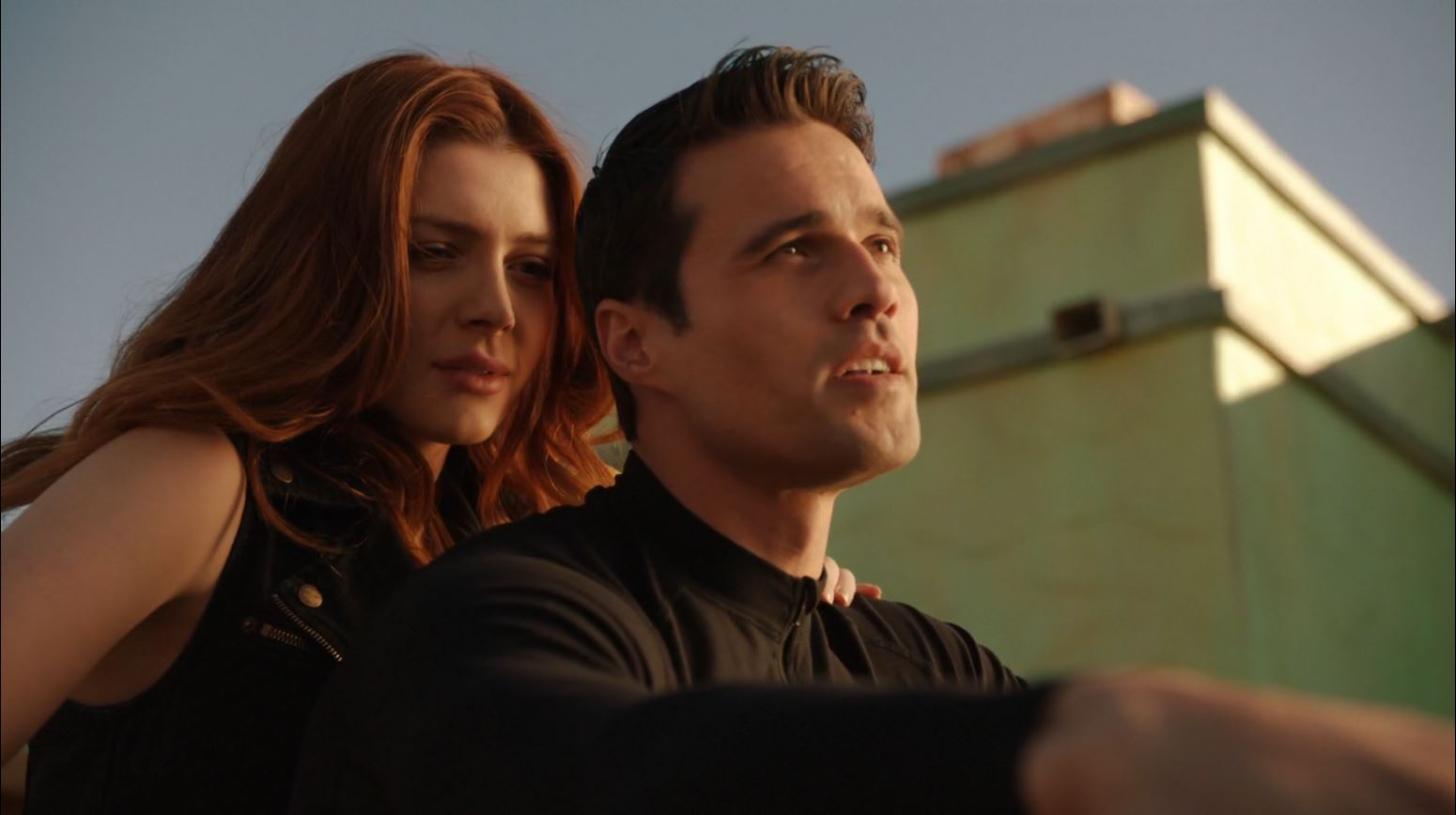 Agents of S.H.I.E.L.D S1Ep15 'Yes Men' - Lorelei and Ward acting out as Bonny and Clyde