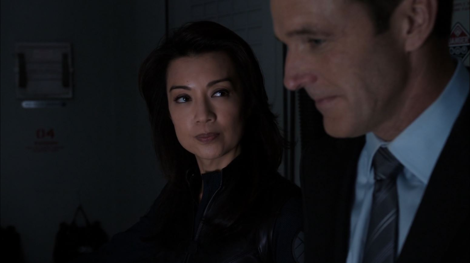 Agents of S.H.I.E.L.D S1Ep15 'Yes Men' - Ming Na Wen as Melinda May questions Coulson about Tahiti