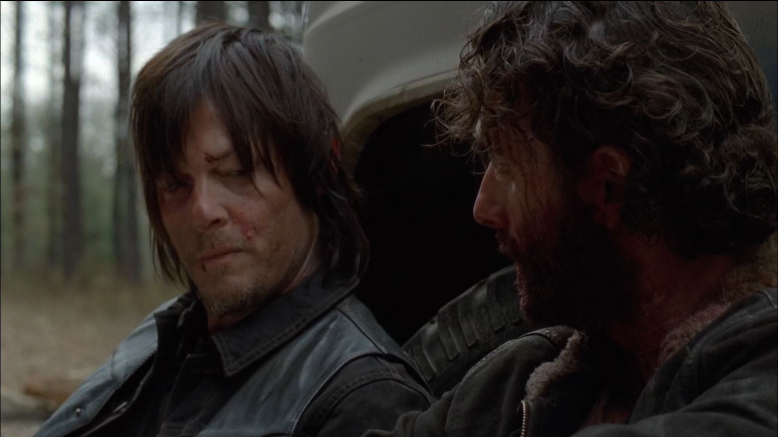 The Walking Dead season 4 finale -Daryl and Rick talk about the attack