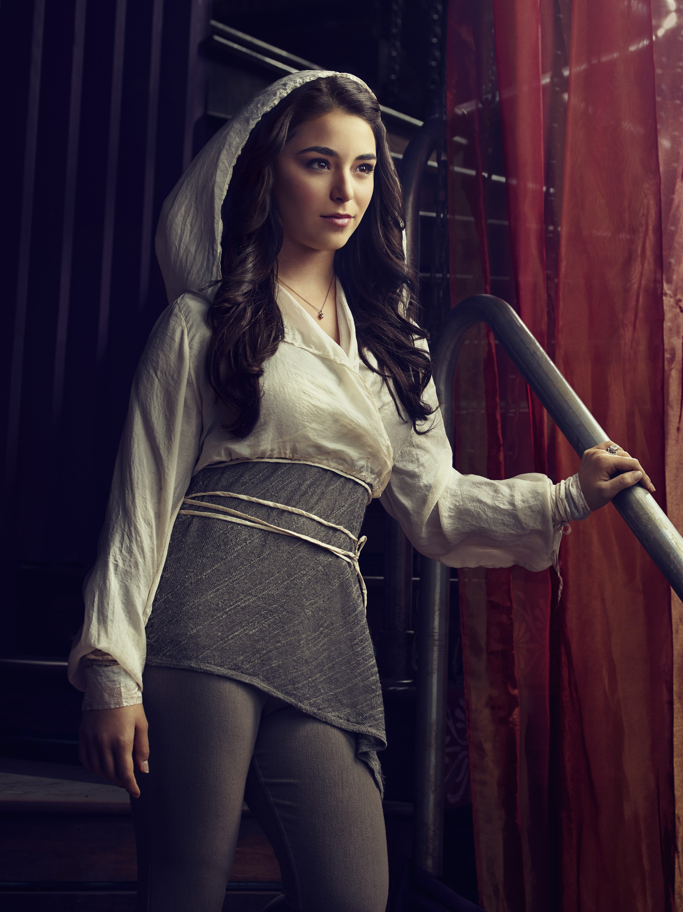 Defiance season 2 -Nicole Muñoz as Christie Tarr (née McCawley) hot