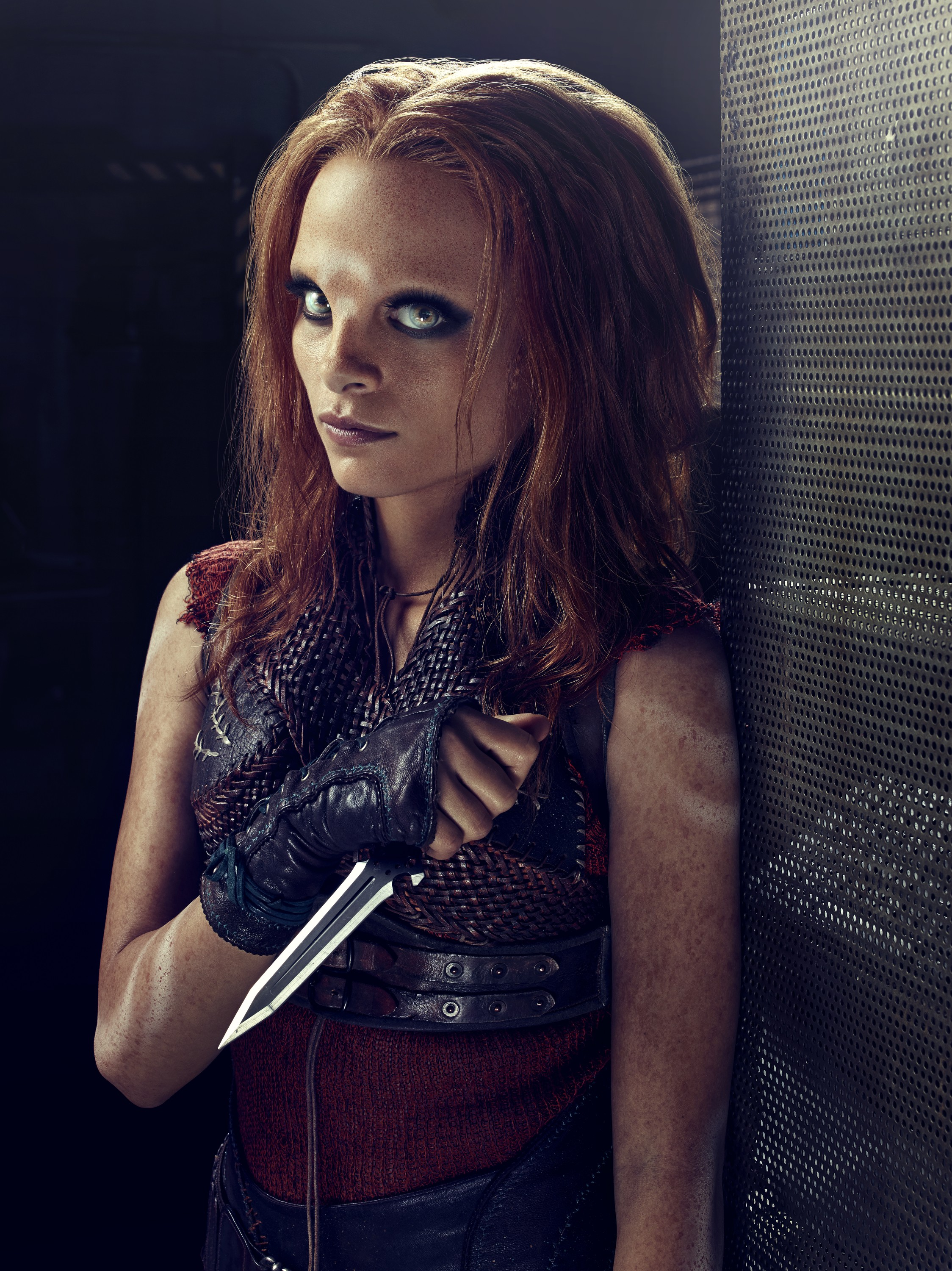 Defiance Season 2 - Stephanie Leonidas as Irisa Nyira