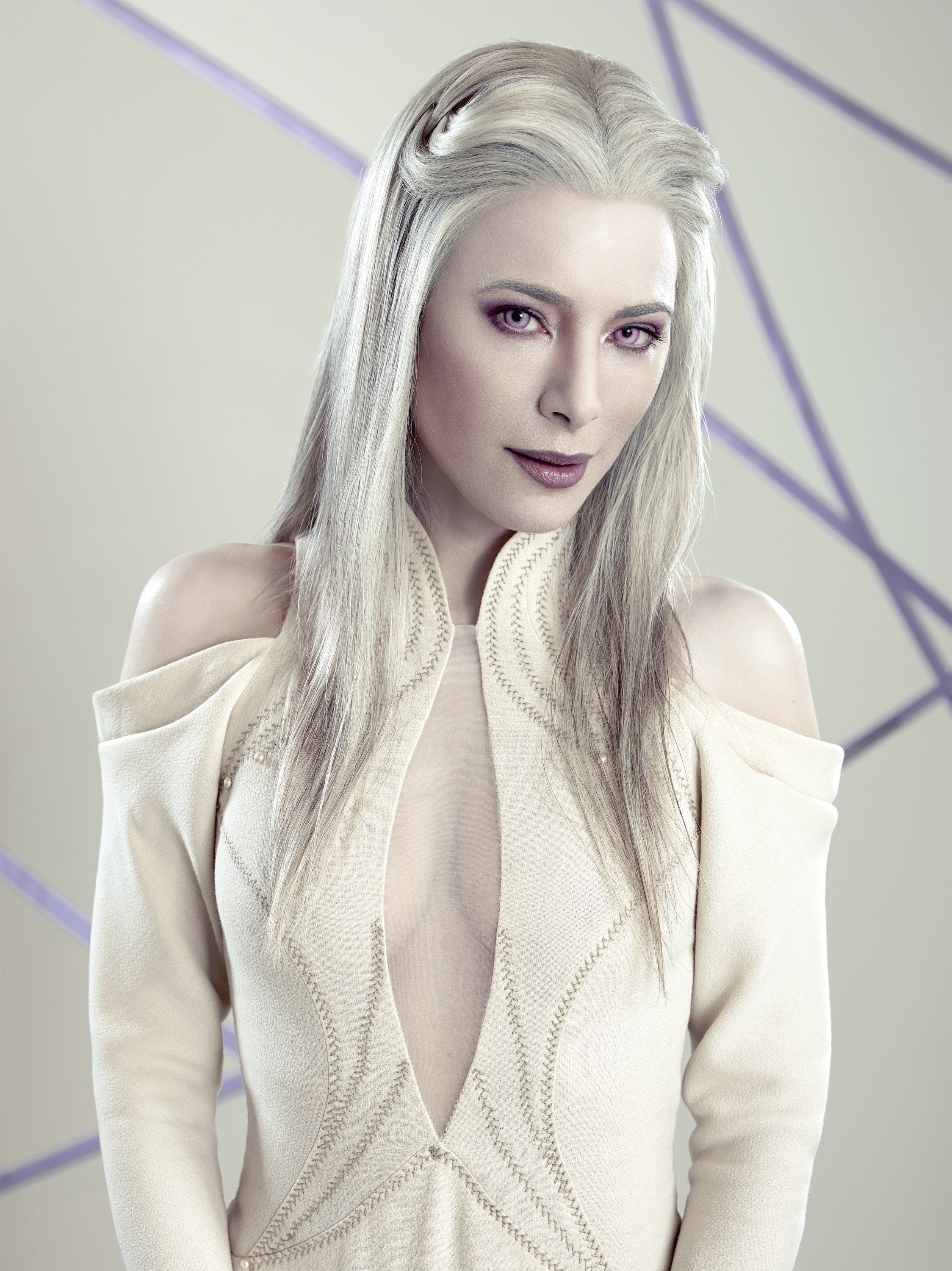 Defiance season 2 Jaime Murray as Stahma Tarr hot