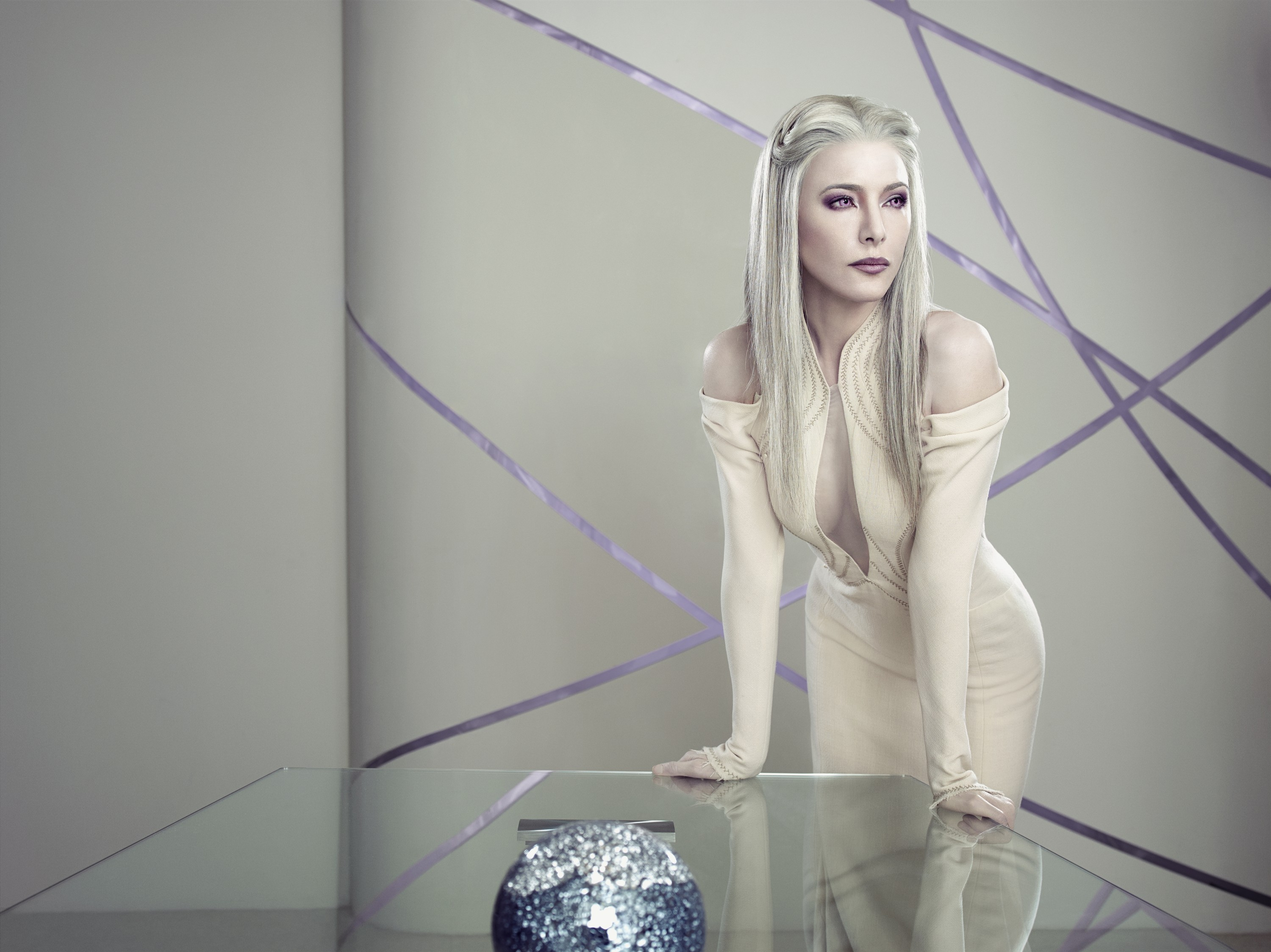 Defiance season 2 Jaime Murray as Stahma Tarr sexy