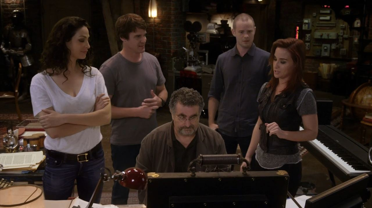 Warehouse 13 series finale Endless - Myka, Pete, Claudia, Jinks and Artie back together one last time