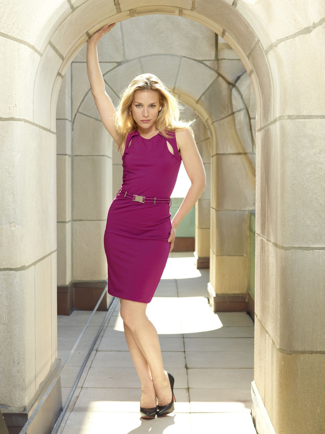 Covert Affairs Season 5 Preview Piper Perabo hot in red dress www.scifiempire.net