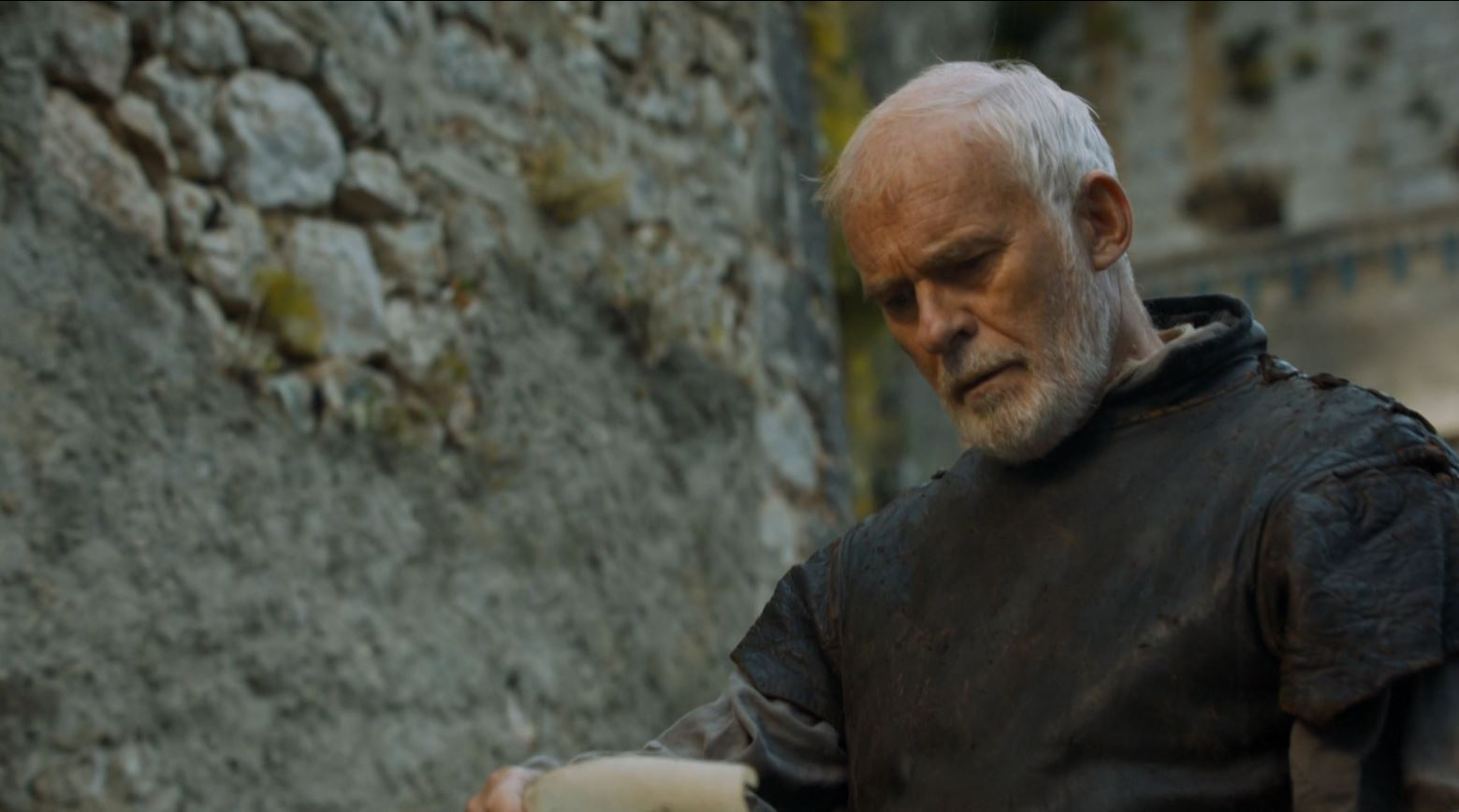 Game Of Thrones - Barristan Selmy recieves the pardon of Jorah Mormont Game of Thrones 'The Mountain and The Viper' Review http://scifiempire.net