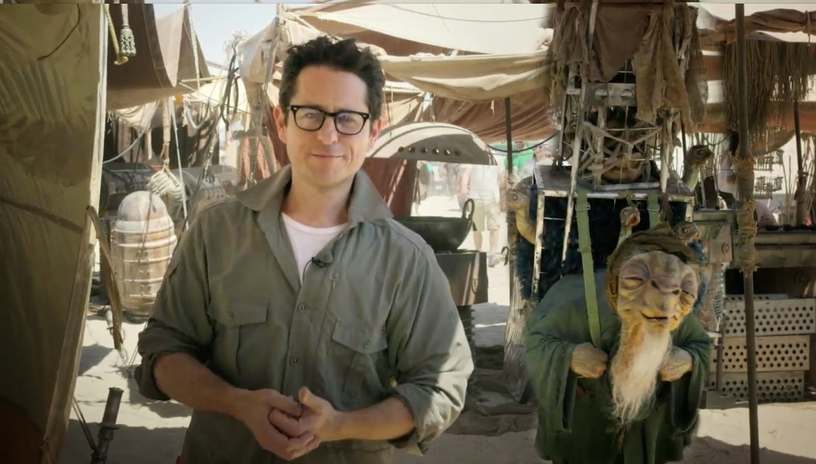 J.J Abrams in the set of Star Wars Episode 7 Harrison Ford Star Wars Episode 7 injury