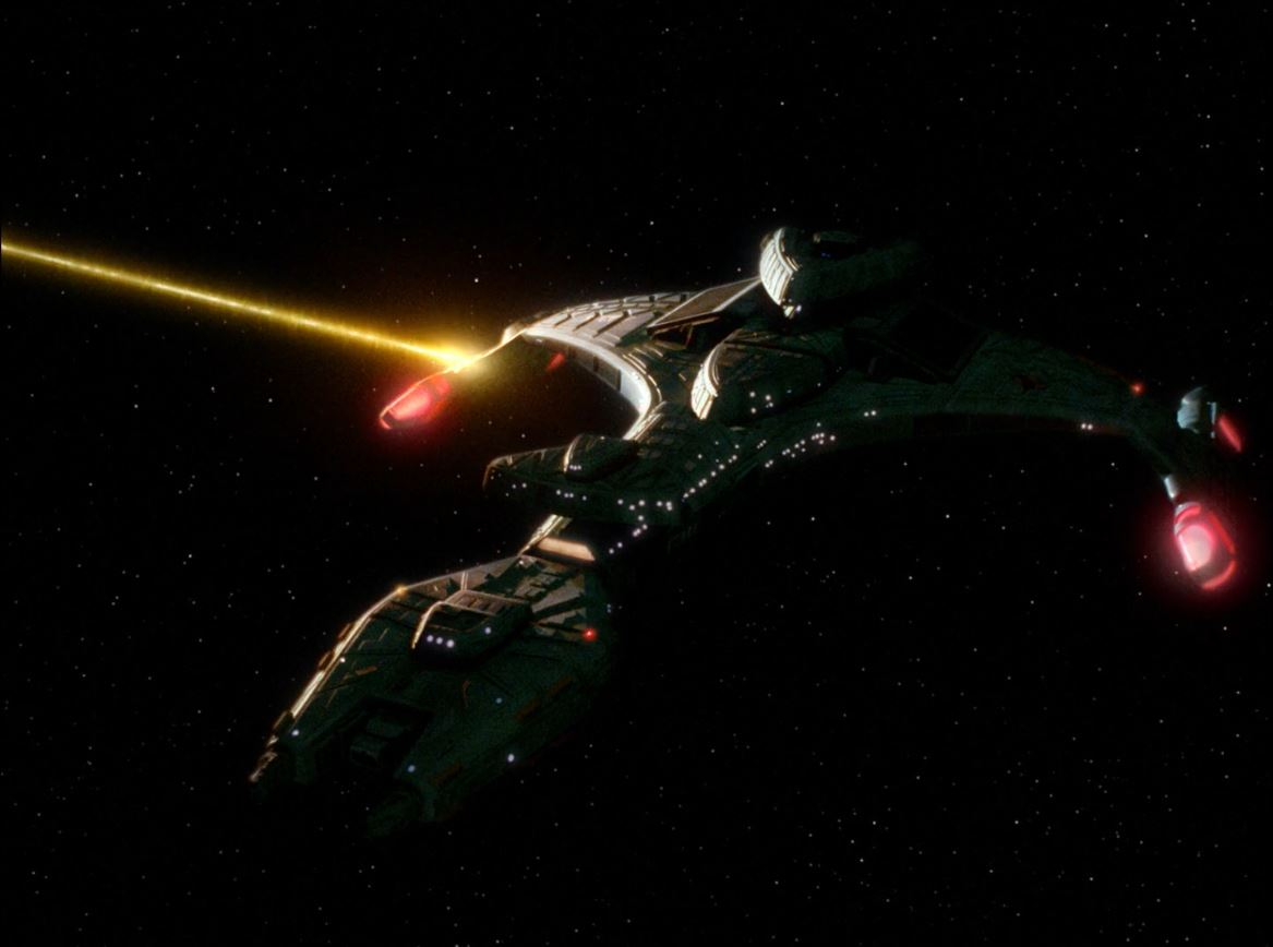 Star Trek The Next Generation Season 6 Blu-ray Review - The Chase - Klingon Battlecruiser