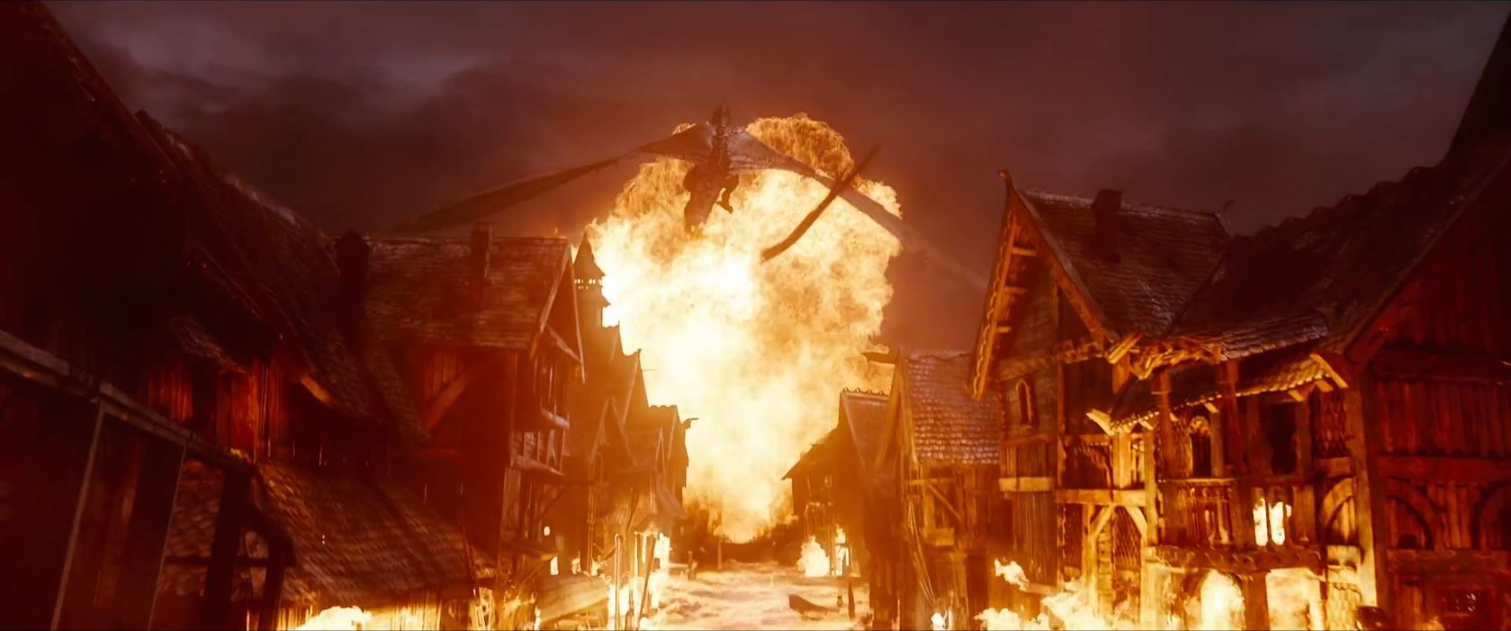 The Hobbit The Battle of the Five Armies Trailer - Smaug burns the town