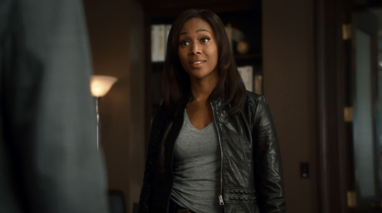Sleepy Hollow S2Ep2 The Kindred Review - Abbie meets the nerw sherriff